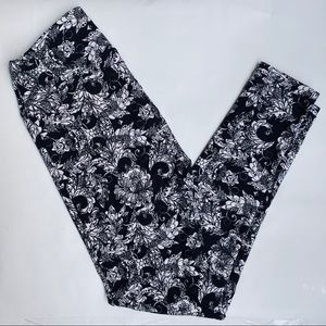 LuLaRoe Women's Black & White Colors Floral Leg OS